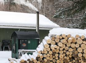 wood_stove_alaska